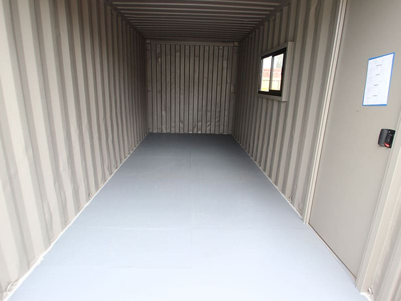 basic-container-office-4
