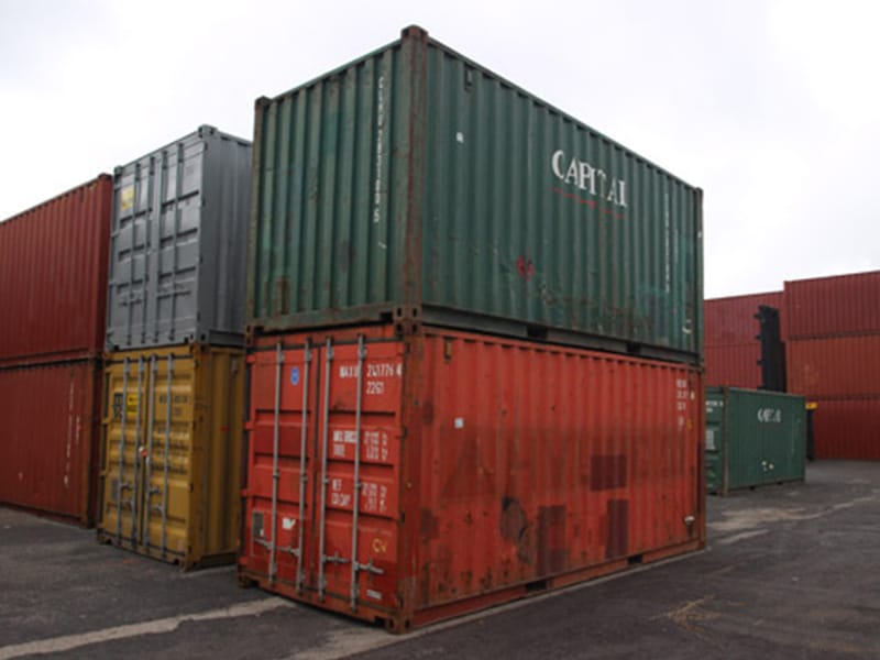 How shipping containers stack